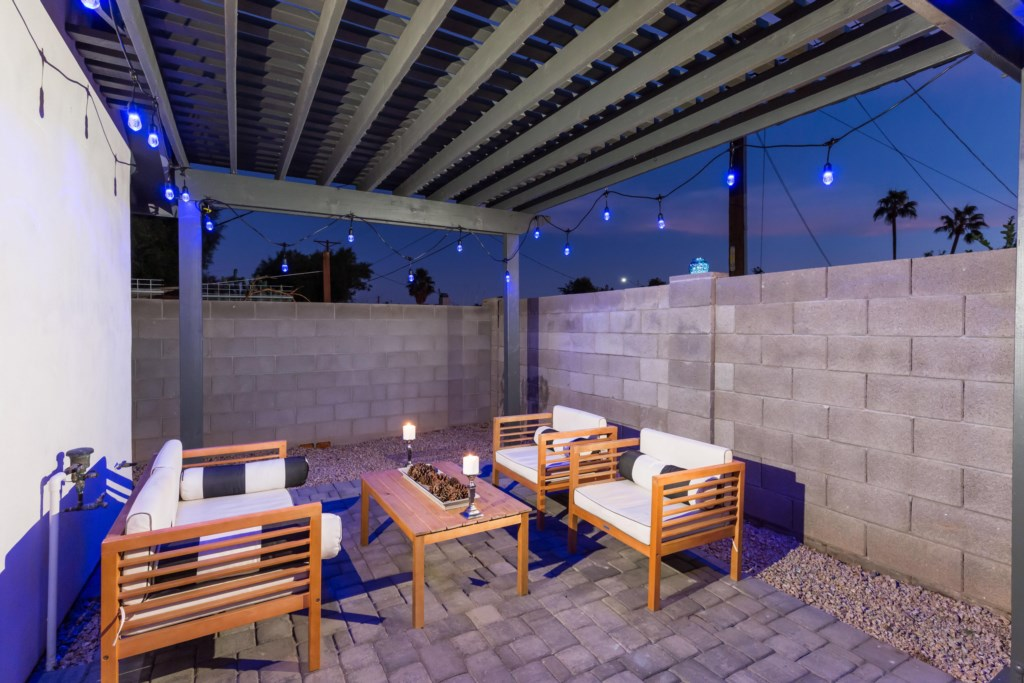 Incredible pergola with lights to enjoy a starry night