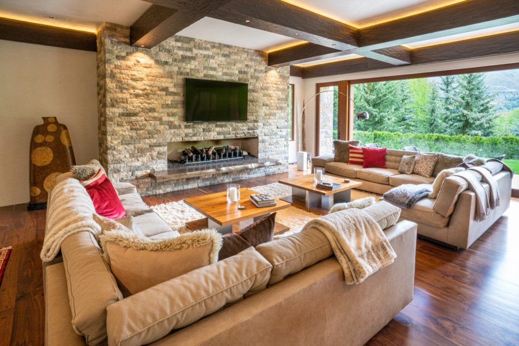 Family room with Media