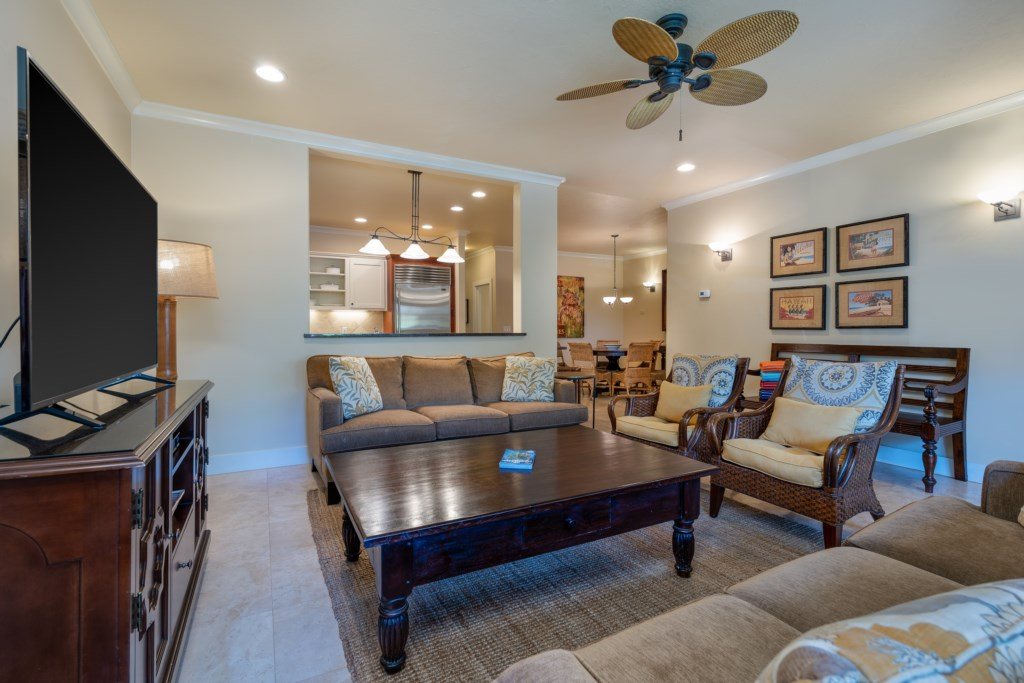 Spacious living room to accommodate the family / guests