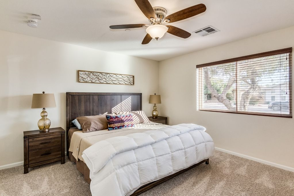 Secondary master Bedroom with King Bed and en-suite bathroom