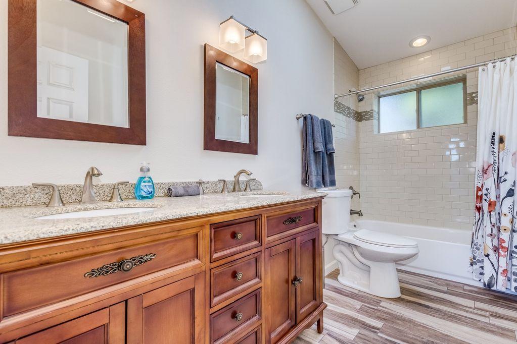 3rd Bathroom (shared hallway)