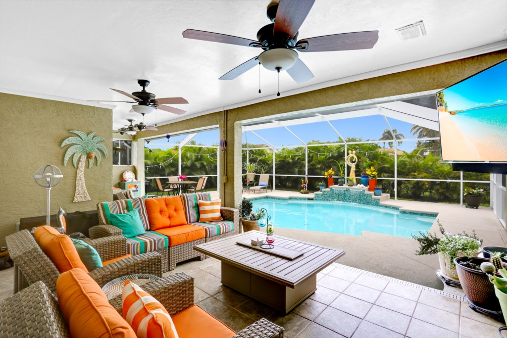 Large outdoor covered living space