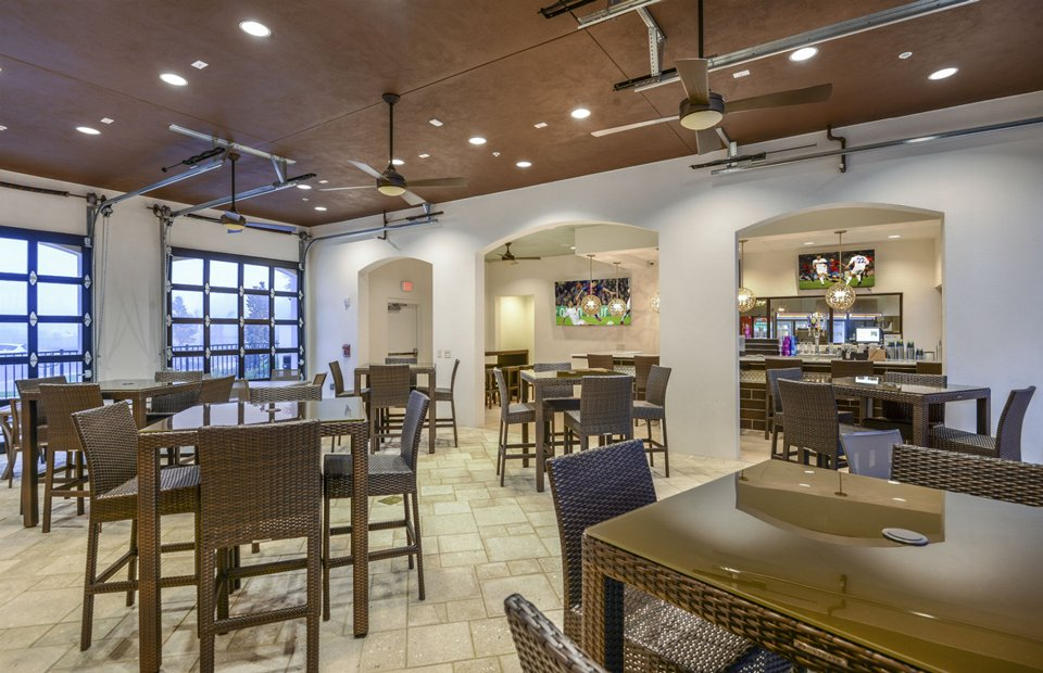 Pulte-Orlando-Florida-Windsor-Westside-Tu-Casa-Bar-Lounge 2-1920x1240.jpg