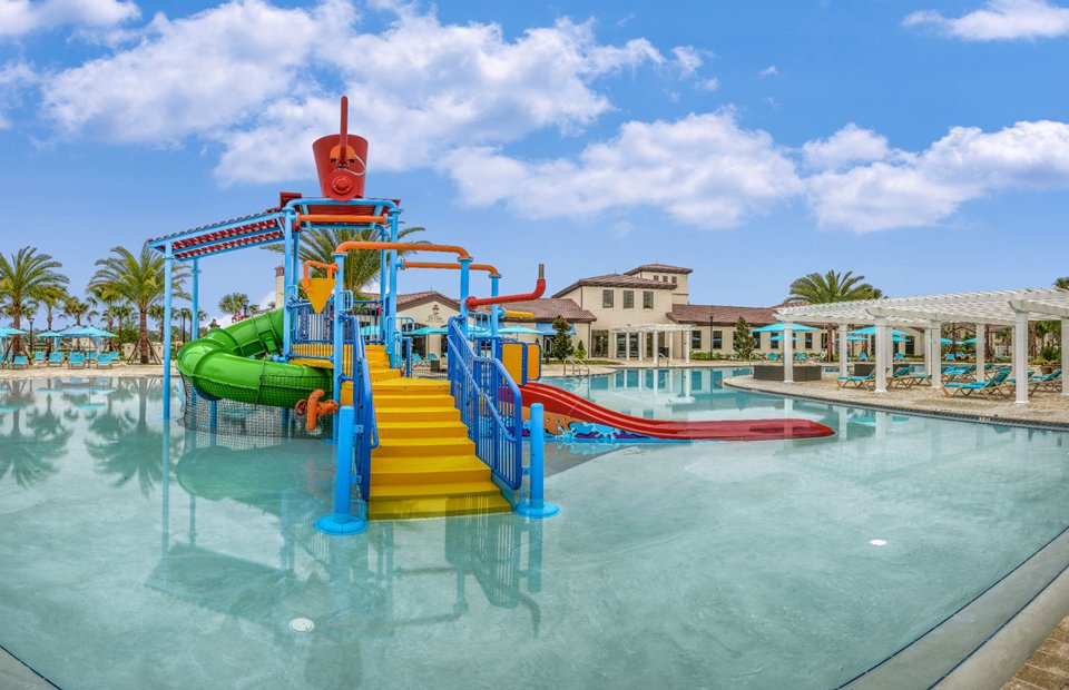 Pulte-Orlando-Florida-Windsor-Westside-Childrens-Water-Feature-1920x1240