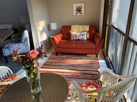 HA243 Sun room 2.jpg