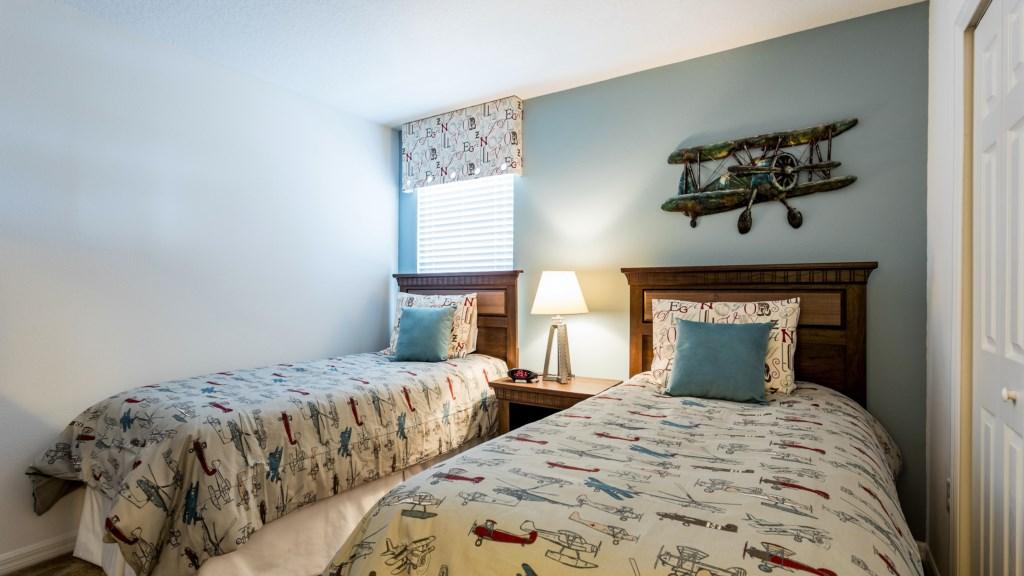 27.Twin_Bedroom