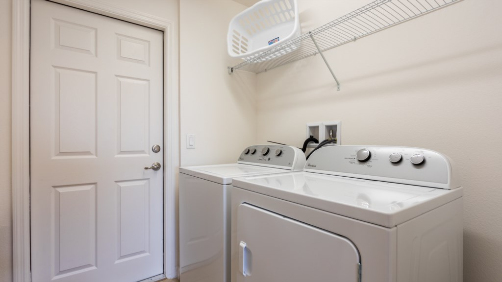 30.PrivatevillainFloridawithlaundryroom