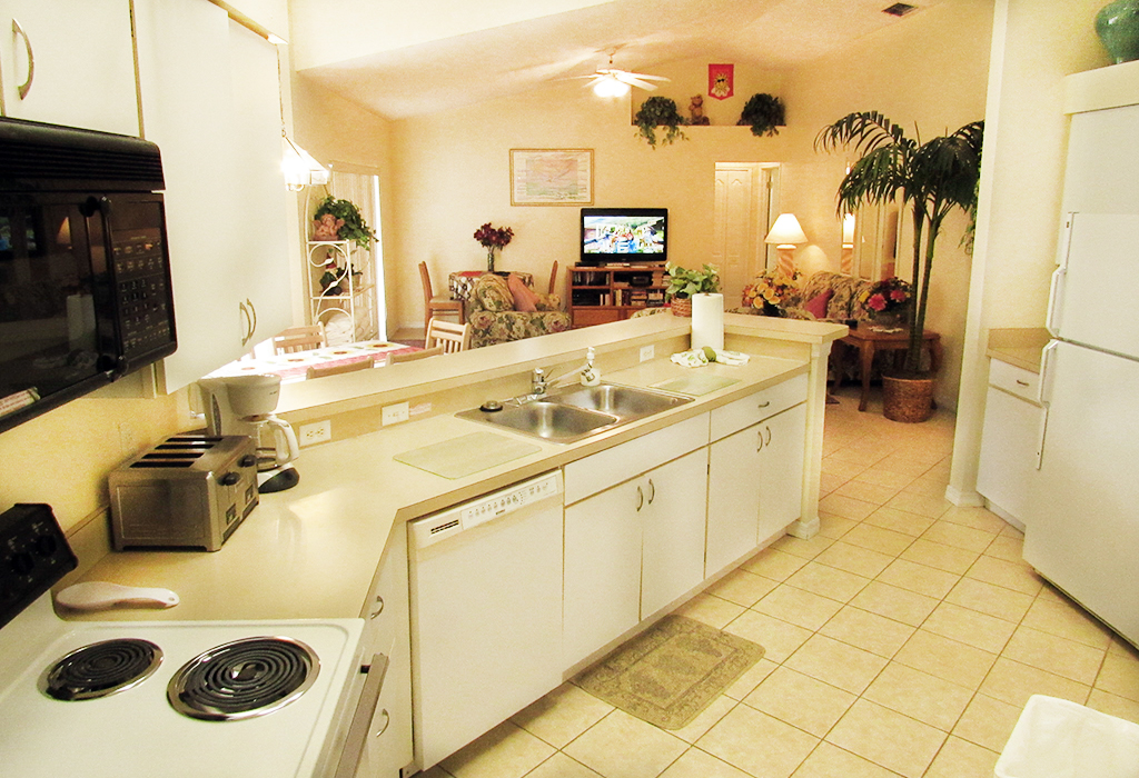 The kitchen will conveniently serve the 2 x dining areas, family room and great to prepare poolside