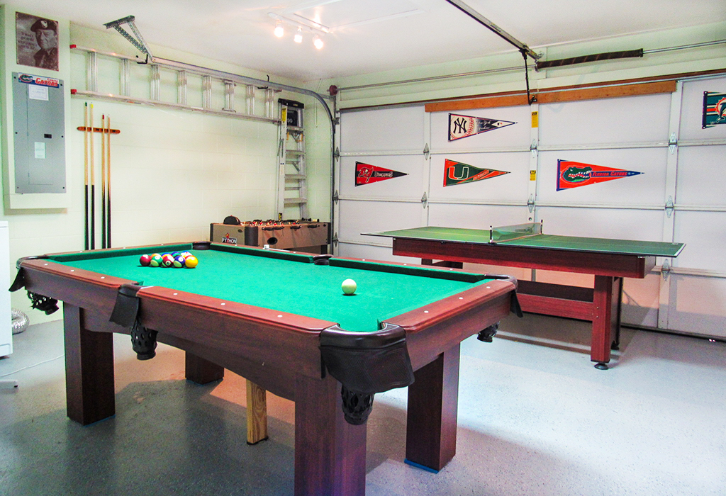 Your very own games room with pool table included!