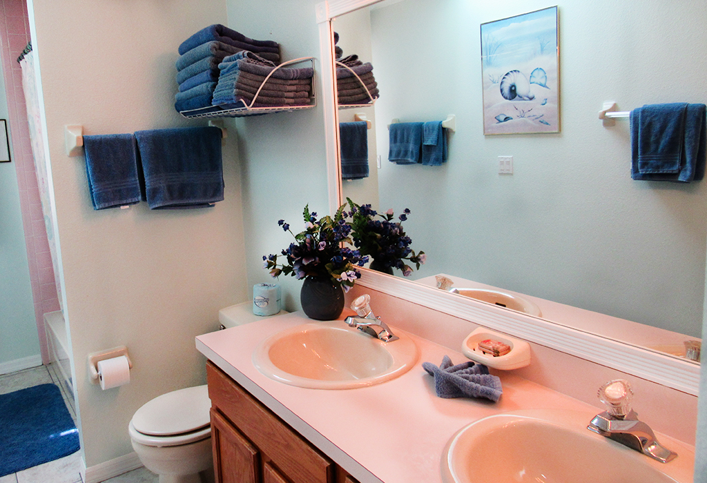 Guest bathroom, with dual sinks and shower. Shared by the twin and Queen bedrooms.