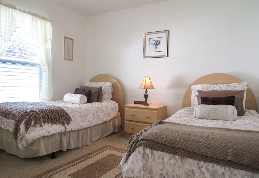 Twin bedroom perfect for children or adults