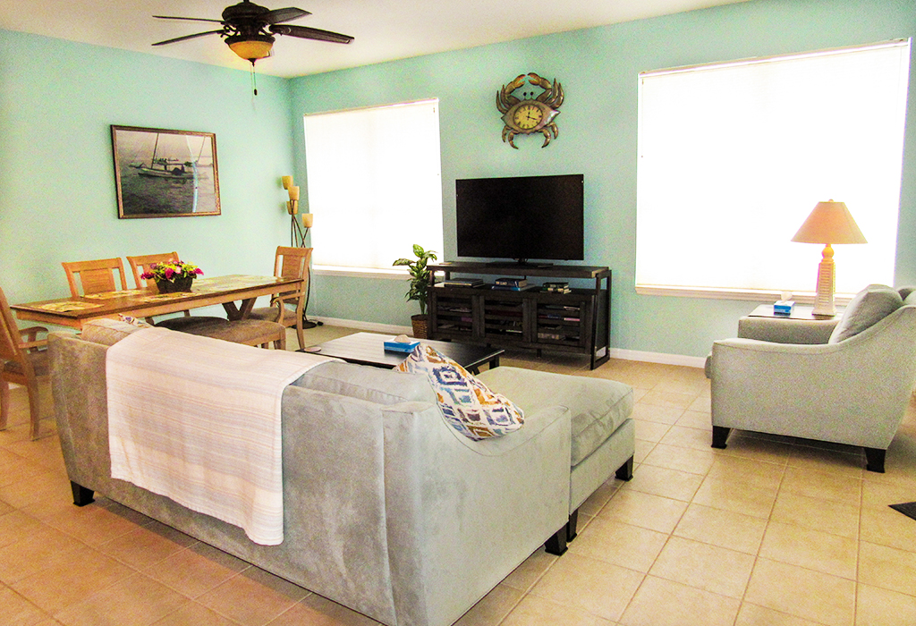 Family room includes flat screen TV with full cable package.
