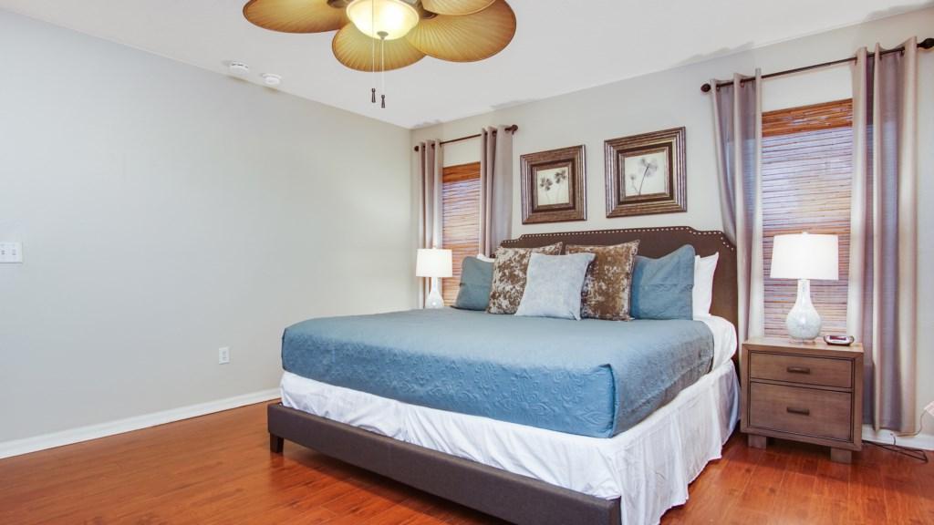 Bedroom 1 - Master King bedroom