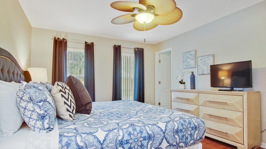 Bedroom 2 - Master King bedroom