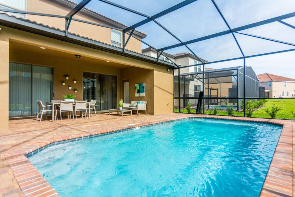 Pool Area 4.jpg