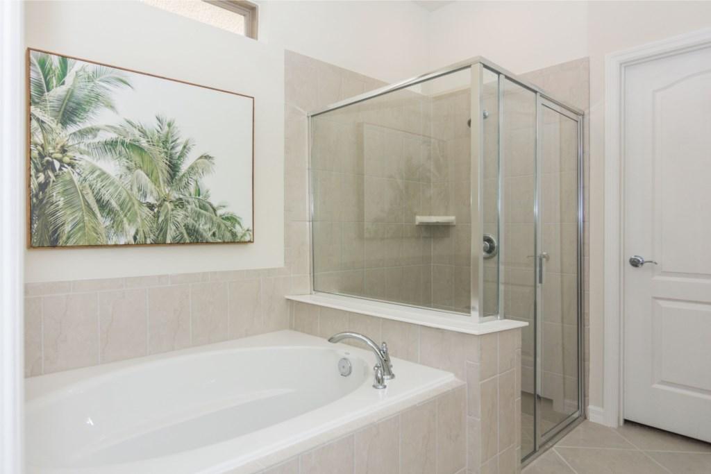 Suite Master First Floor 5 Bath.jpg