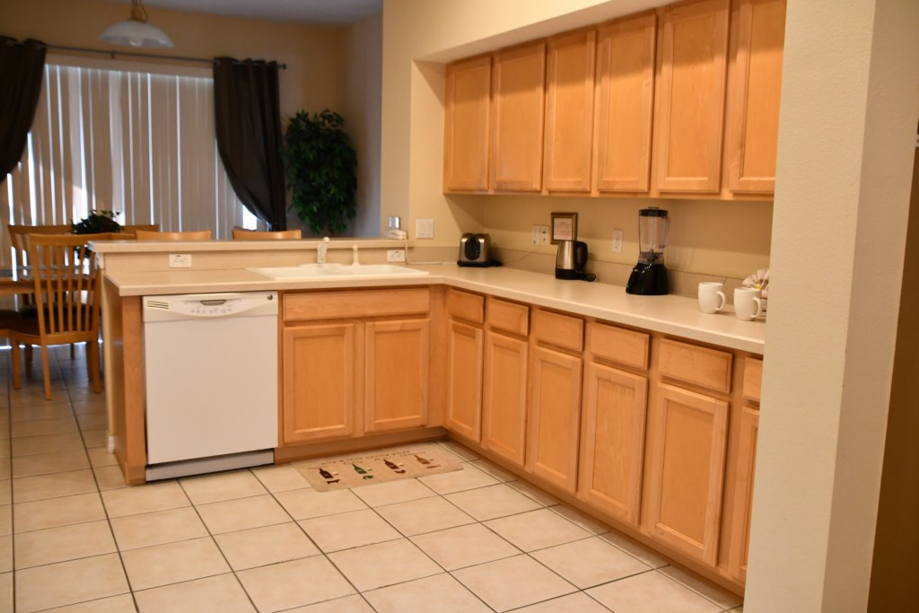 Well appointed Kitchen with everything you could need