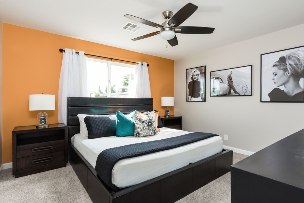 Master Bedroom with King bed, en-suite bathroom and large flat screen TV