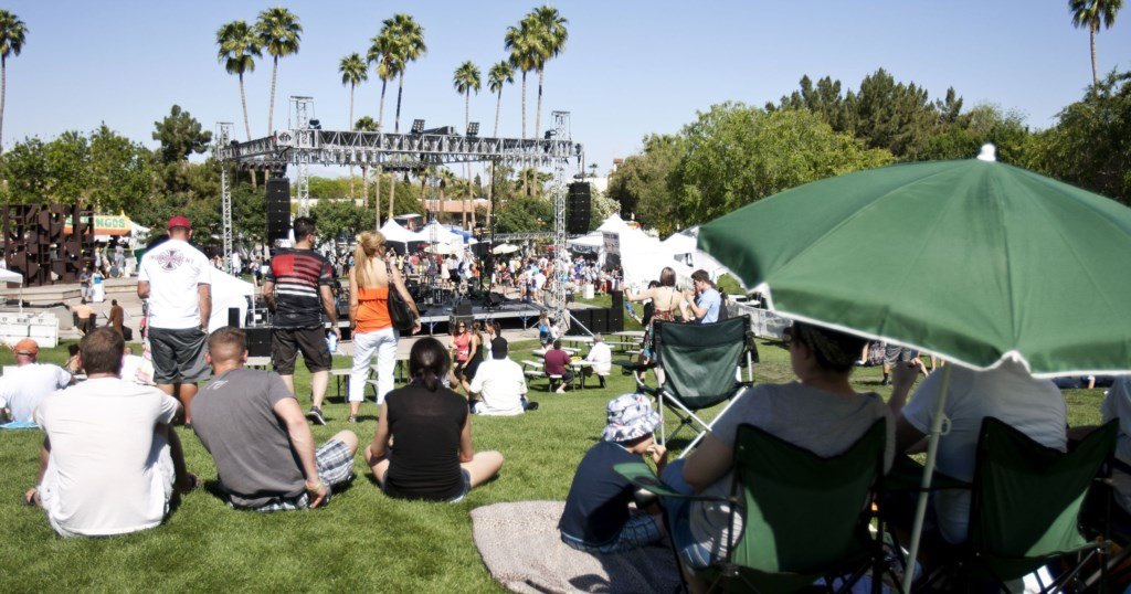 Outdoor fests and events - walking distance