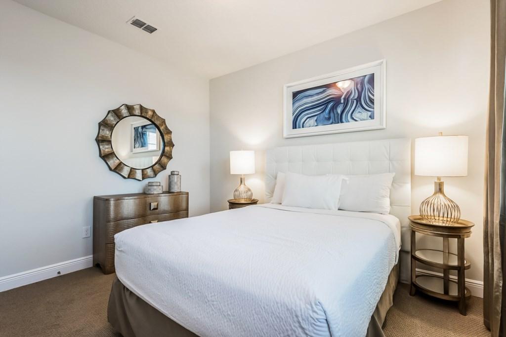 Bedroom 7-3.jpg