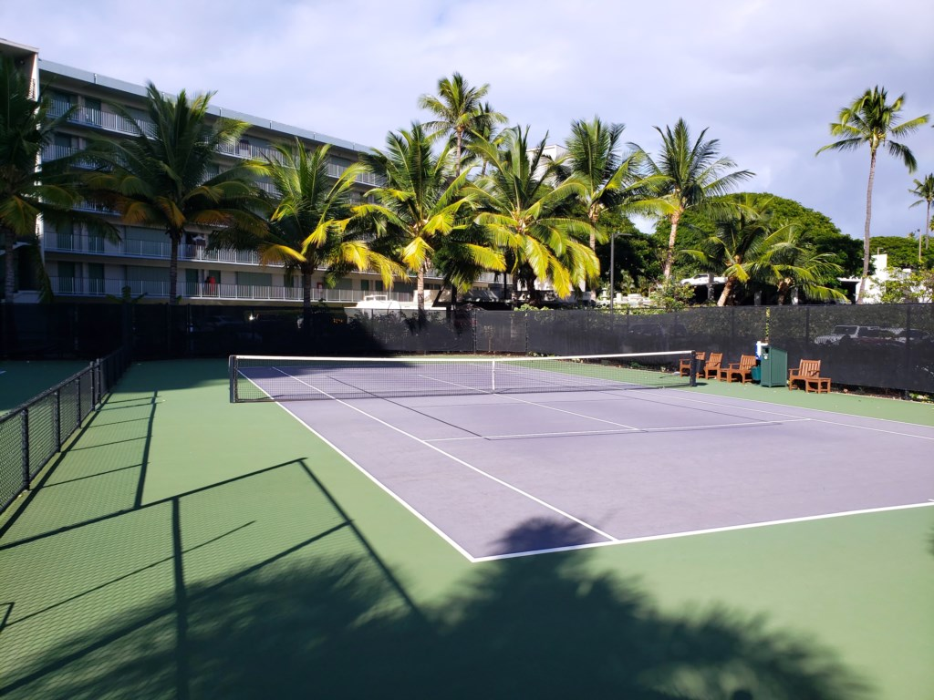Whaler Tennis courts