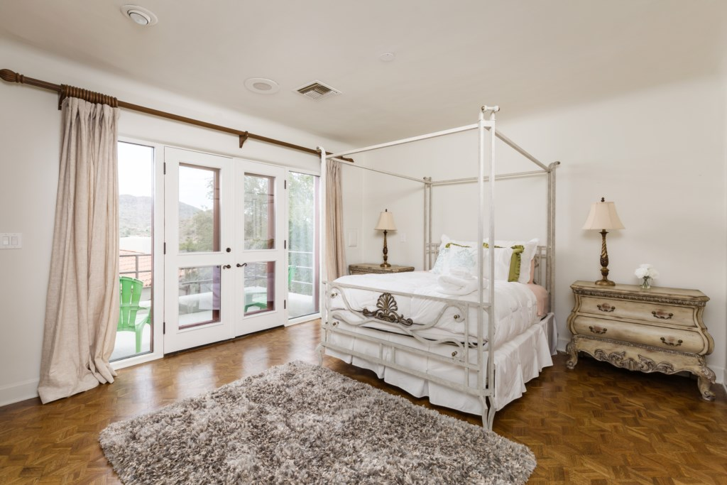 4th bedroom with queen size bed with amazing views