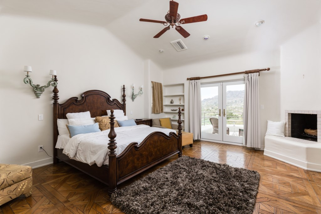 Master bedroom with king bed!