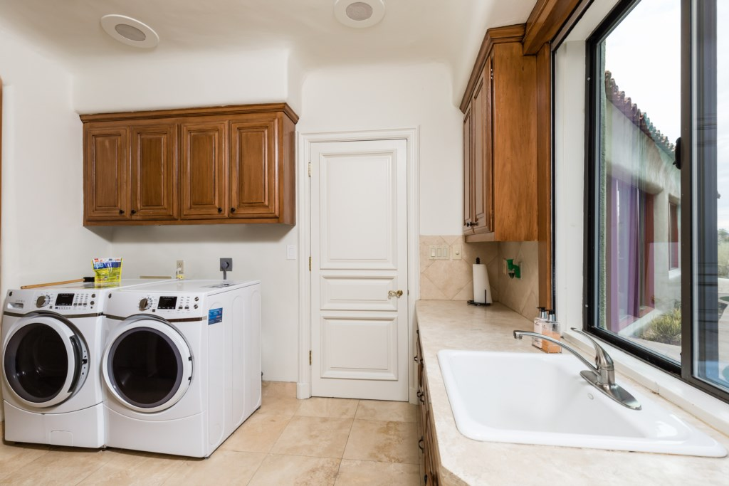 Laundry room on-site