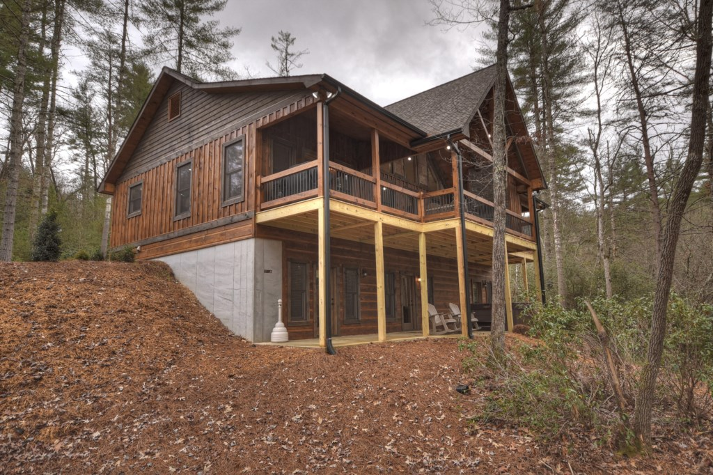 'Very clean and secluded cabin, would stay again' - Review Patrick