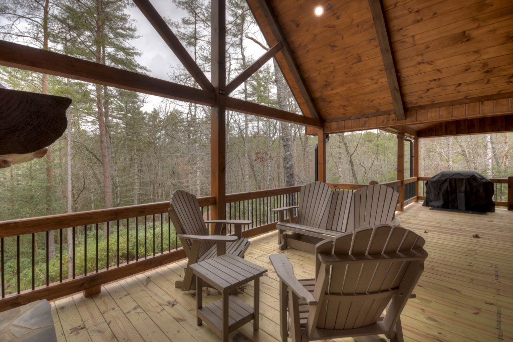 Amazing woodland views from this amazing deck