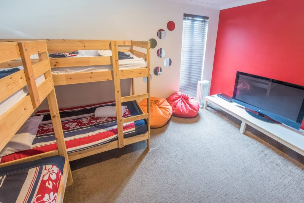 17 bunk room with tv