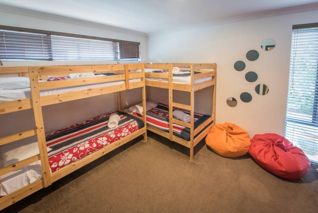 16 bunk room