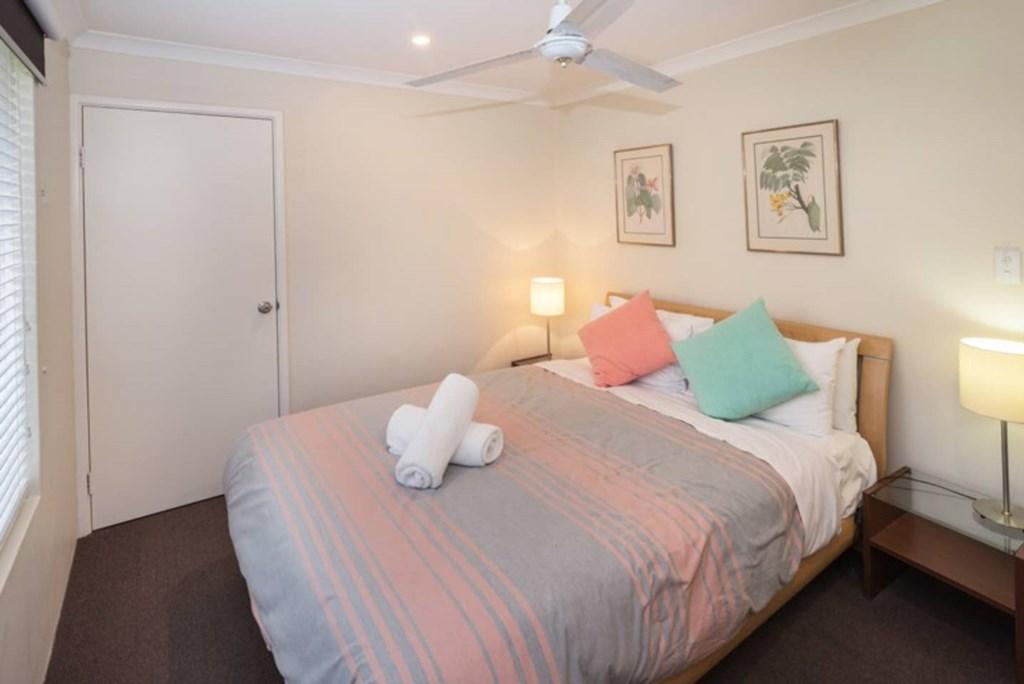 11 Bedroom 4