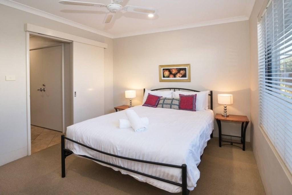 10 Bedroom 4