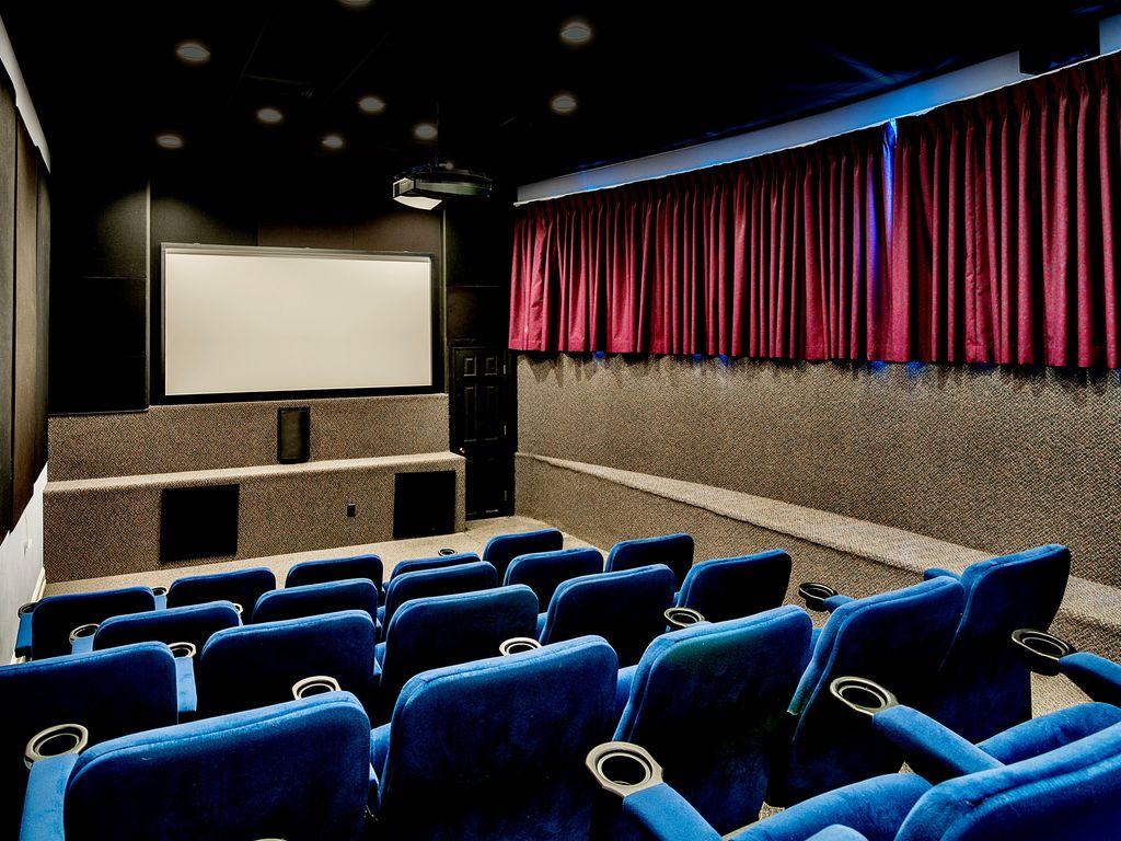 Club House Movie Theater