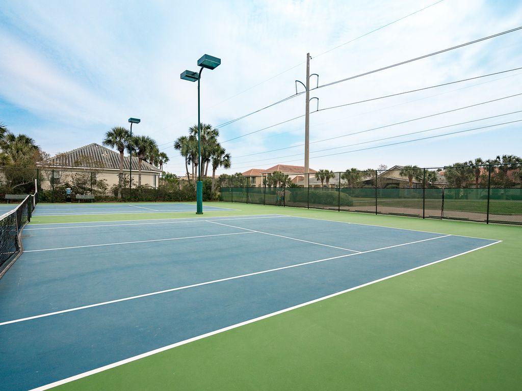 Club House Tennis Courts!