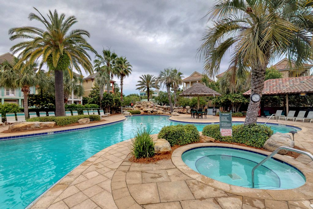 This home is one the closest properties to the resort pool & spa!