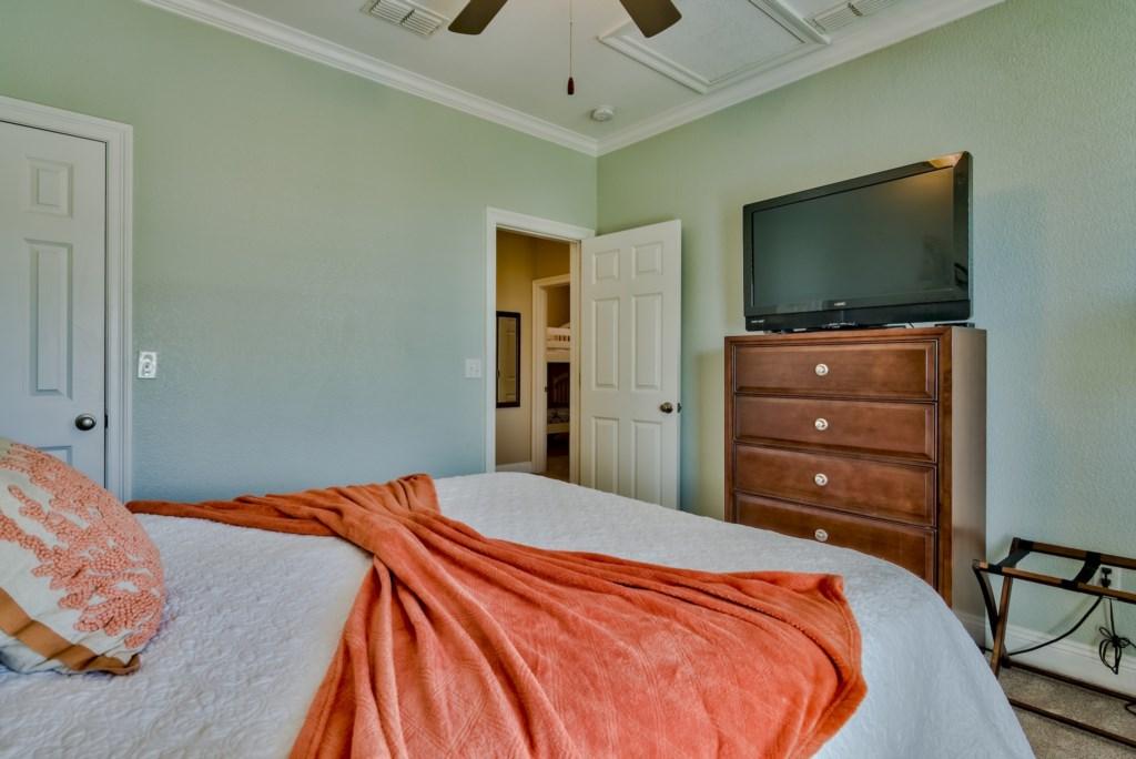 BEDROOM # 5- 3RD FLOOR (QUEEN)