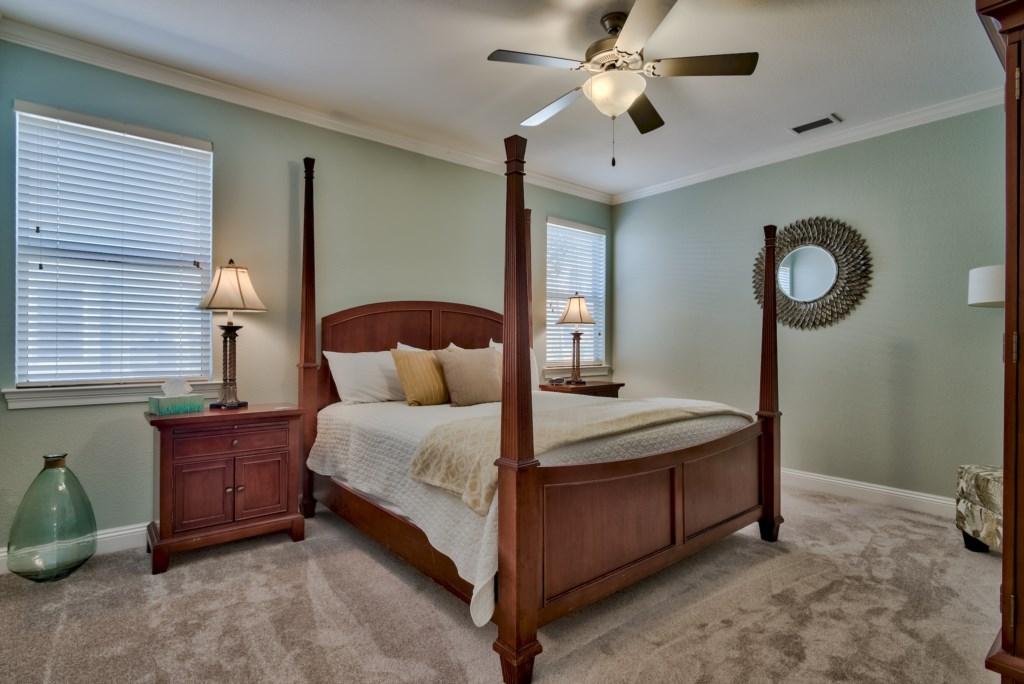 BEDROOM #1- 1ST FLOOR (KING)