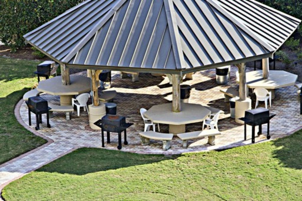 Poolside Gazebo with BBQ Grills!