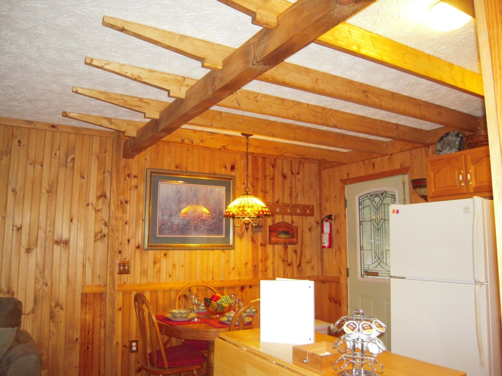 Vaulted Ceilings and Stocked with Necesities