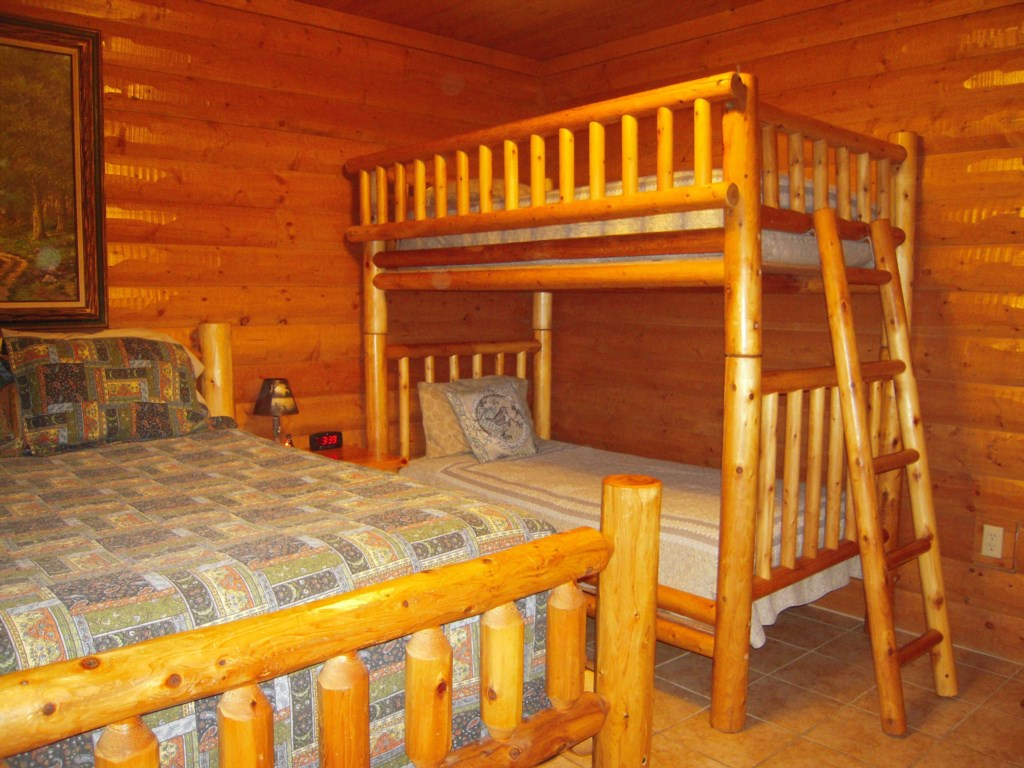 Dual Bedroom for Families