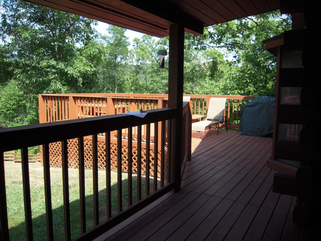 Spacious Deck and Outdoor Area
