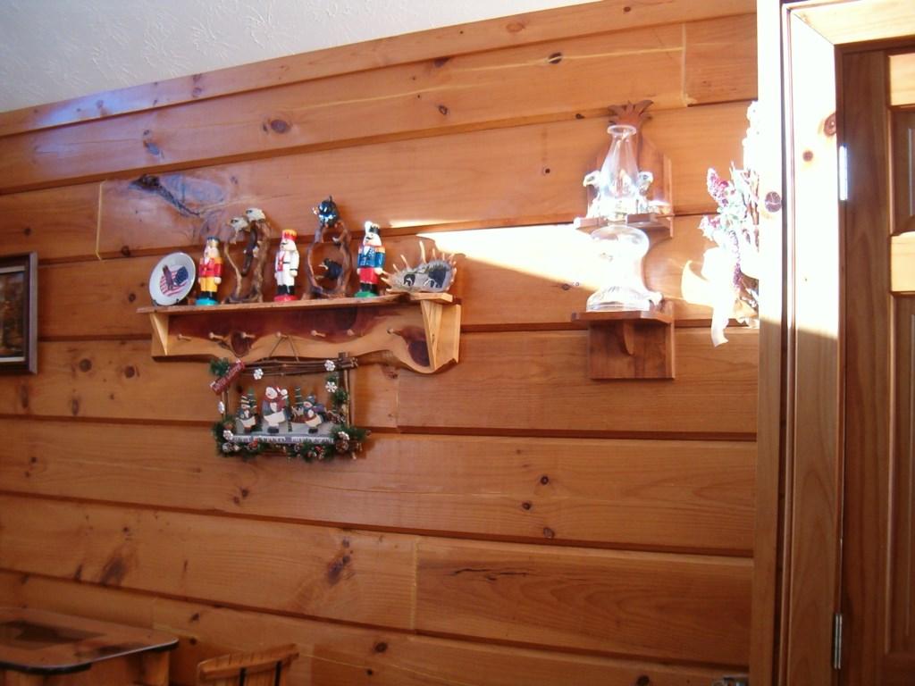 Cute Cabin Decor