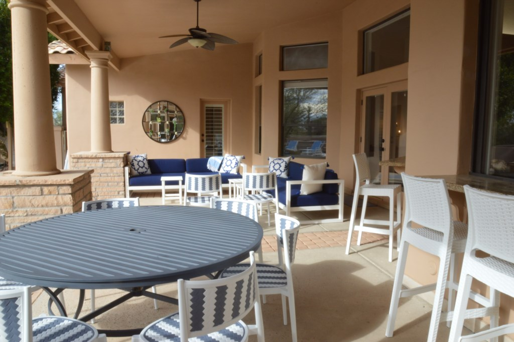 Plenty of outdoor seating to enjoy the AZ Sunshine!