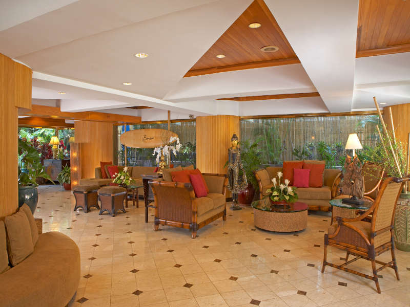 800x600-Aqua_Bamboo_Waikiki_Lobby.jpg