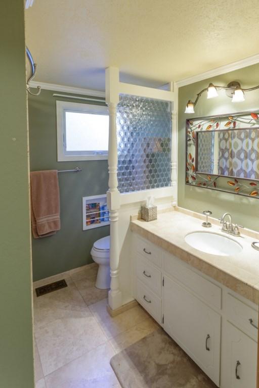 2 Bath Home
