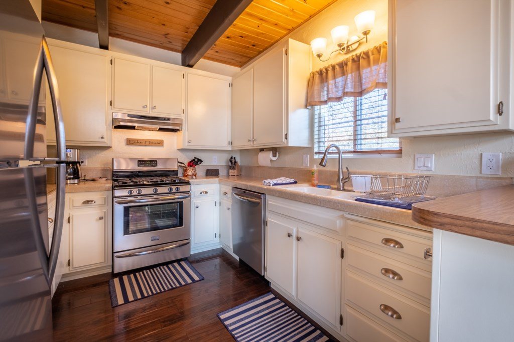 Well-Stocked and Spacious Kitchen