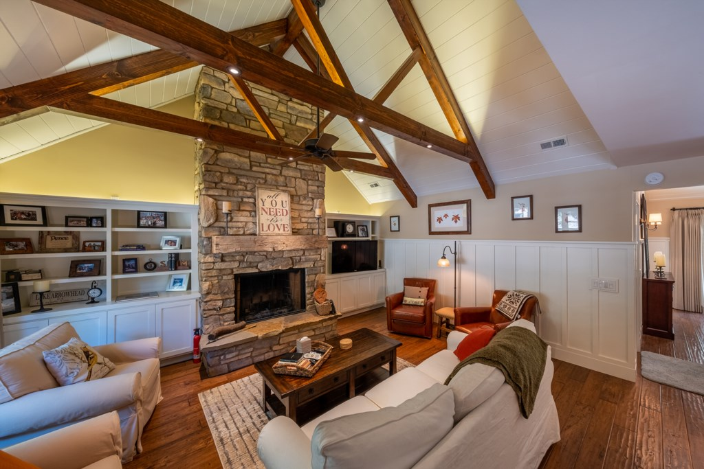 Authentic Cabin Feel with Vaulted Ceilings and a Warm Fireplace
