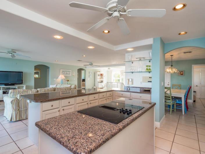 Bayview Kitchen Living 1.jpg